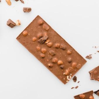 Barretta di cioccolato con noci