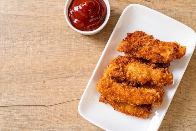 Bastoncini di pollo fritto