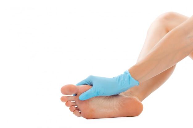 Bei piedi femminili al salone spa