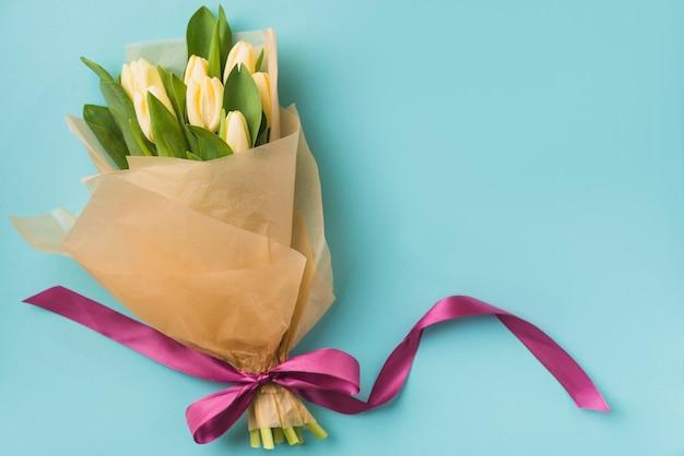 Bel bouquet sul blu