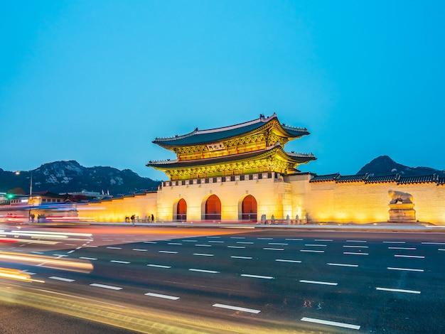 Bella architettura edificio del palazzo gyeongbokgung