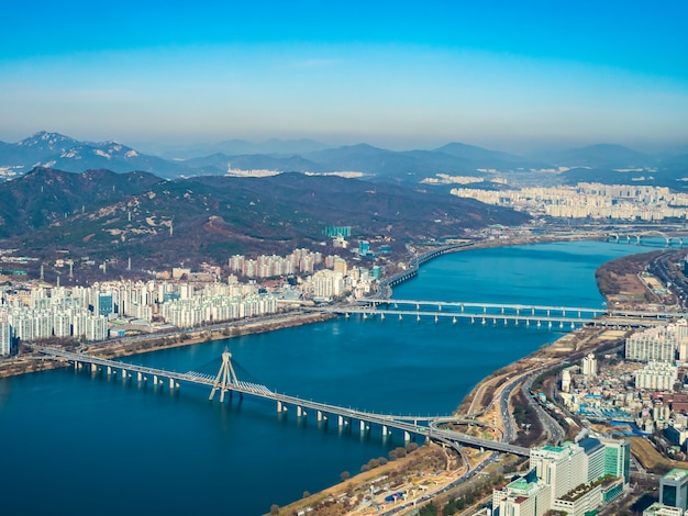 Bella architettura edificio nella città di seoul