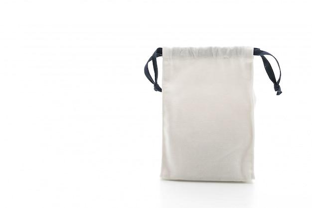 Bella borsa in tessuto su bianco