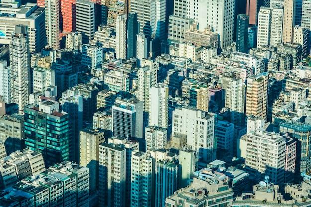 Bella costruzione di architettura della gente di hong kong residenziale in città