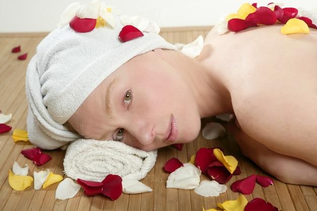 Bella donna rilassante spa, aromaterapia