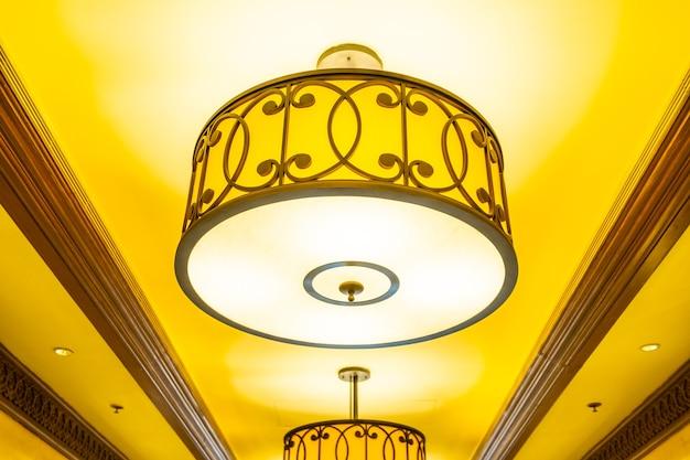 Bella e lussuosa decorazione di lampade a soffitto elettriche di lusso