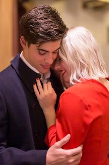 Belle coppie amorose del primo piano