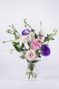 Bellissimo bouquet di eustoma