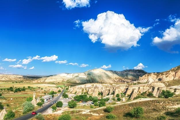 Bellissimo paesaggio in cappadocia