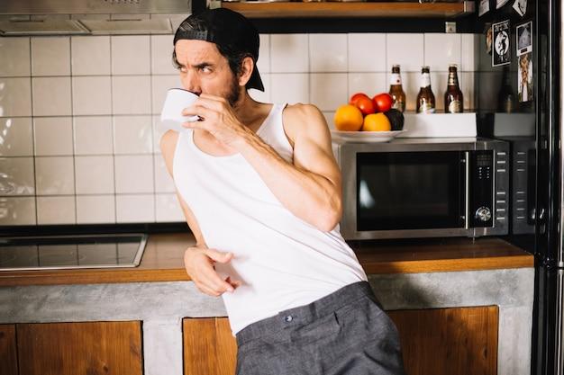 Bello, adulto, uomo, cucina
