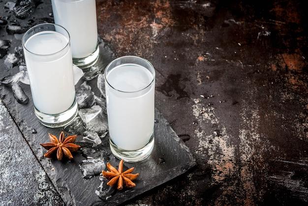 Bevanda alcolica tradizionale araba