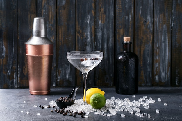 Bevanda gin e tonic