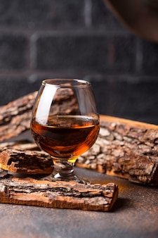 Bicchiere di cognac o whisky.