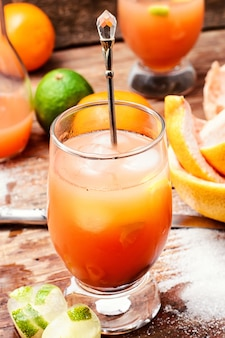 Bicchiere di succo rinfrescante