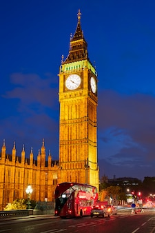 Big ben clock tower a londra inghilterra