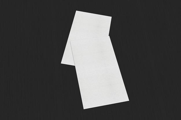 Biglietti da visita bianchi in bianco