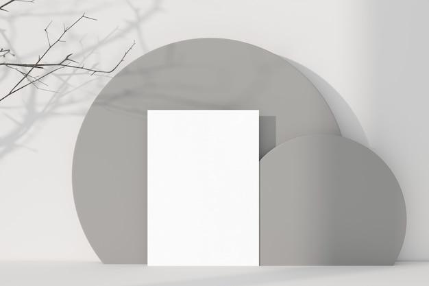 Biglietto di auguri bianco in piedi sul fondo della tavola. rendering 3d.