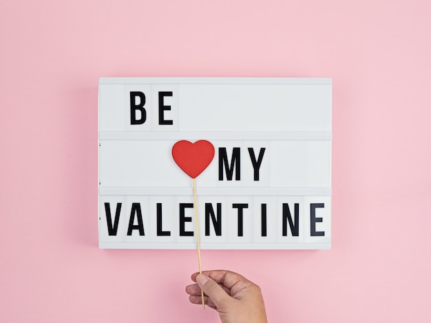Biglietto di auguri di san valentino con il testo be my valentine