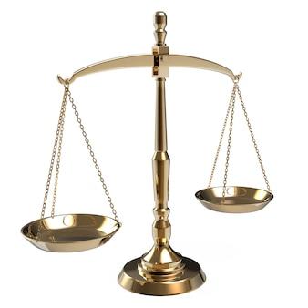 Bilancia della giustizia dell'oro isolata su bianco