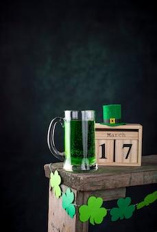 Birra verde giorno di san patrizio