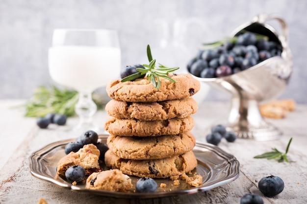 Biscotti al cioccolato e mirtilli