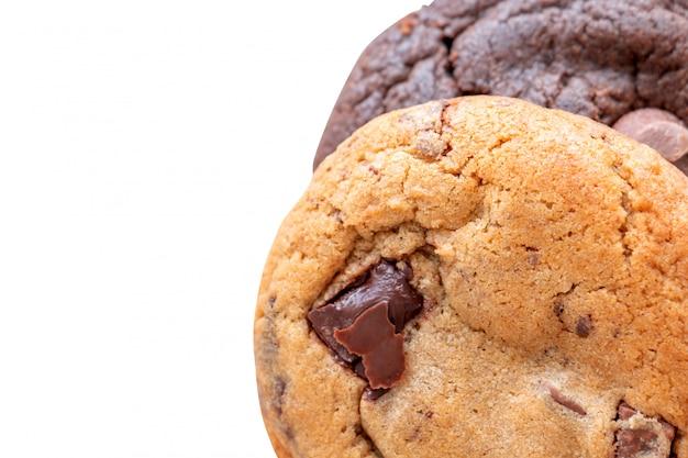 Biscotti al cioccolato fatti in casa e biscotti alle mandorle
