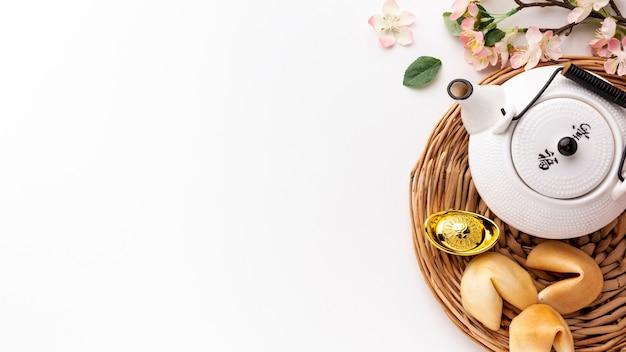 Biscotti della fortuna e nuovo anno cinese della teiera