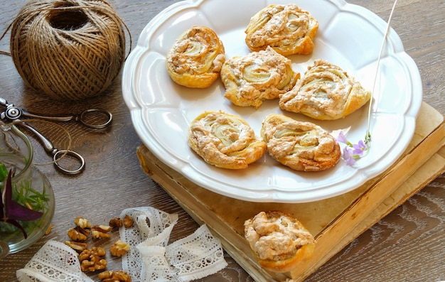 Biscotti di meringa dalla cagliata sotto forma di rose