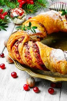Biscotti e decorazioni natalizie