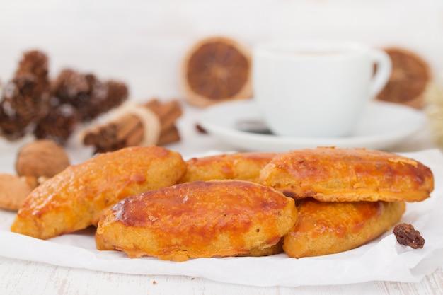 Biscotti tipici di natale portoghesi broa castelar