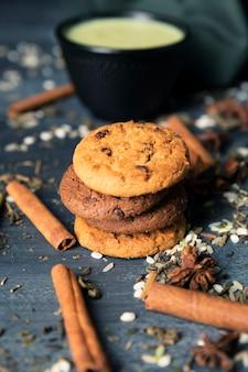 Biscotti tradizionali del tè di vista del primo piano