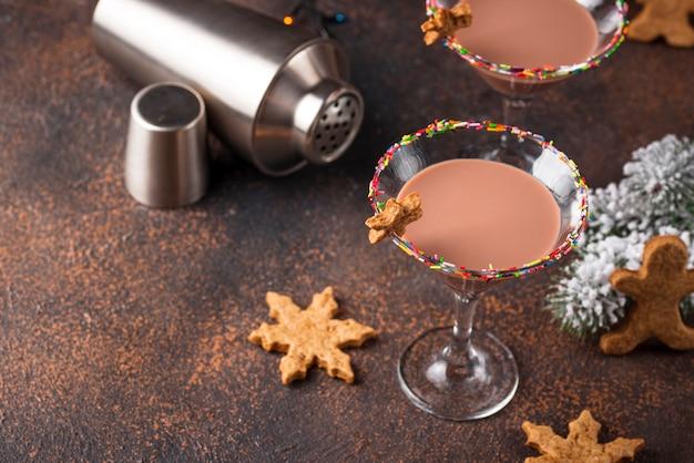 Biscotto allo zucchero martini con bordo sprinkles