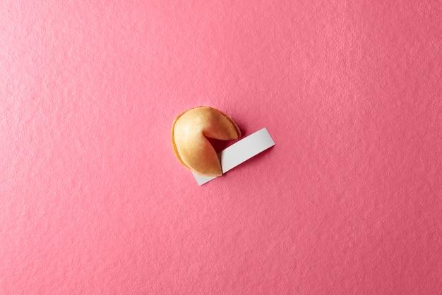 Biscotto della fortuna con carta bianca