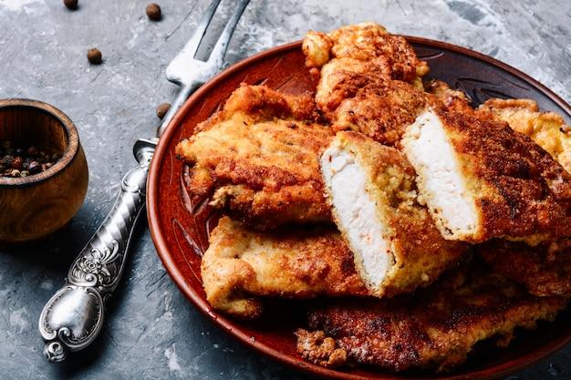 Bistecca di petto di pollo alla griglia