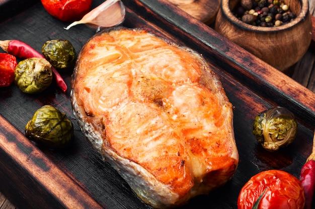 Bistecca di salmone al forno