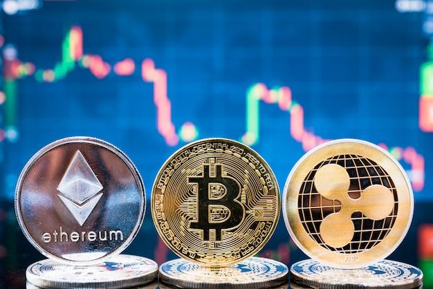 Bitcoin aziendali, ethereum e xrp monete valuta denaro moneta