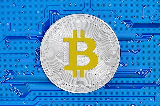 Bitcoin e nuovo concetto di denaro virtuale. bitcoin è una nuova valuta