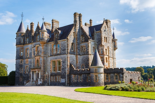 Blarney house at castle gardens - co. cork - irlanda