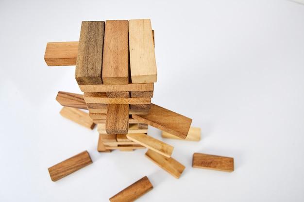 Blocca il legno su sfondo bianco
