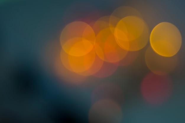 Bokeh di luci sullo sfondo.
