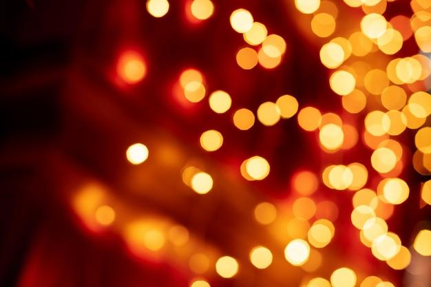 Bokeh rosso sfocato sfondo di luci