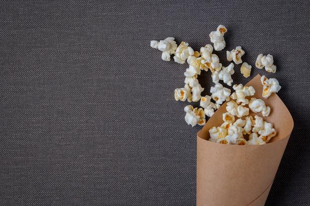 Borsa con popcorn