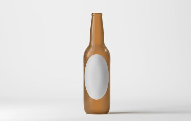 Bottiglia da birra di vetro isolata su bianco