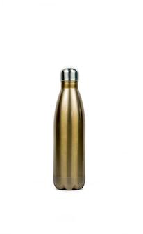 Bottiglia del termos dell'oro con progettazione di sport isolata su fondo bianco con lo spazio della copia