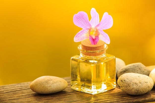 Bottiglia di olio essenziale di aroma