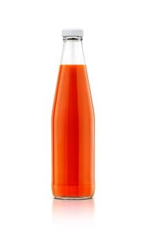Bottiglia di salsa di peperoncino rosso isolata