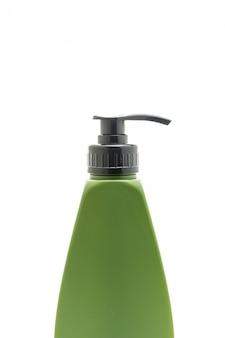 Bottiglia di shampoo o balsamo per capelli su bianco