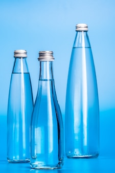Bottiglie d'acqua in vetro