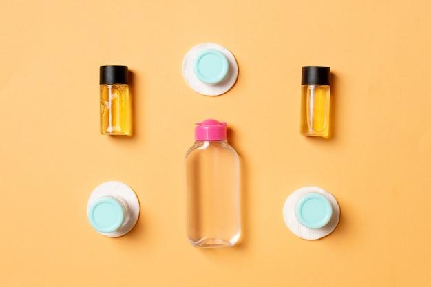 Bottiglie e vasetti per prodotti cosmetici