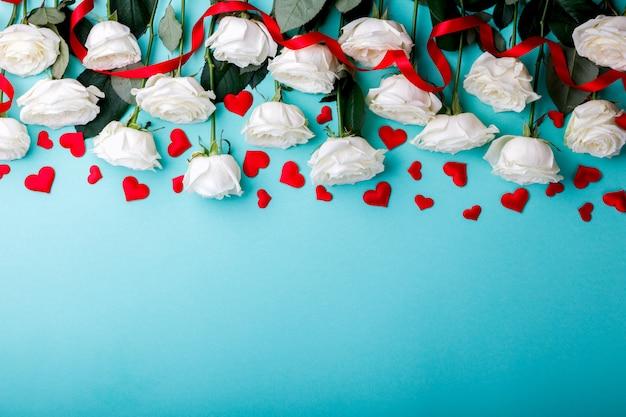 Bouquet di rose bianche giorno di san valentino, regalo.